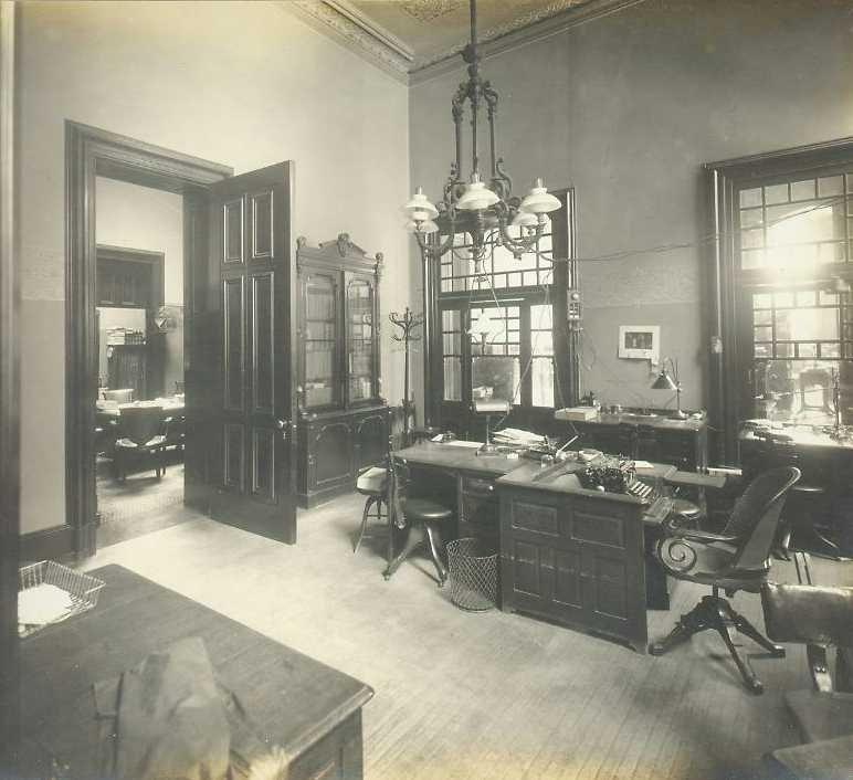 Office Photos 1910 Photos By William H Rau