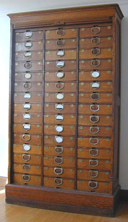 Amberg Patent Cabinet Letter File Om Jpg 33996 Bytes