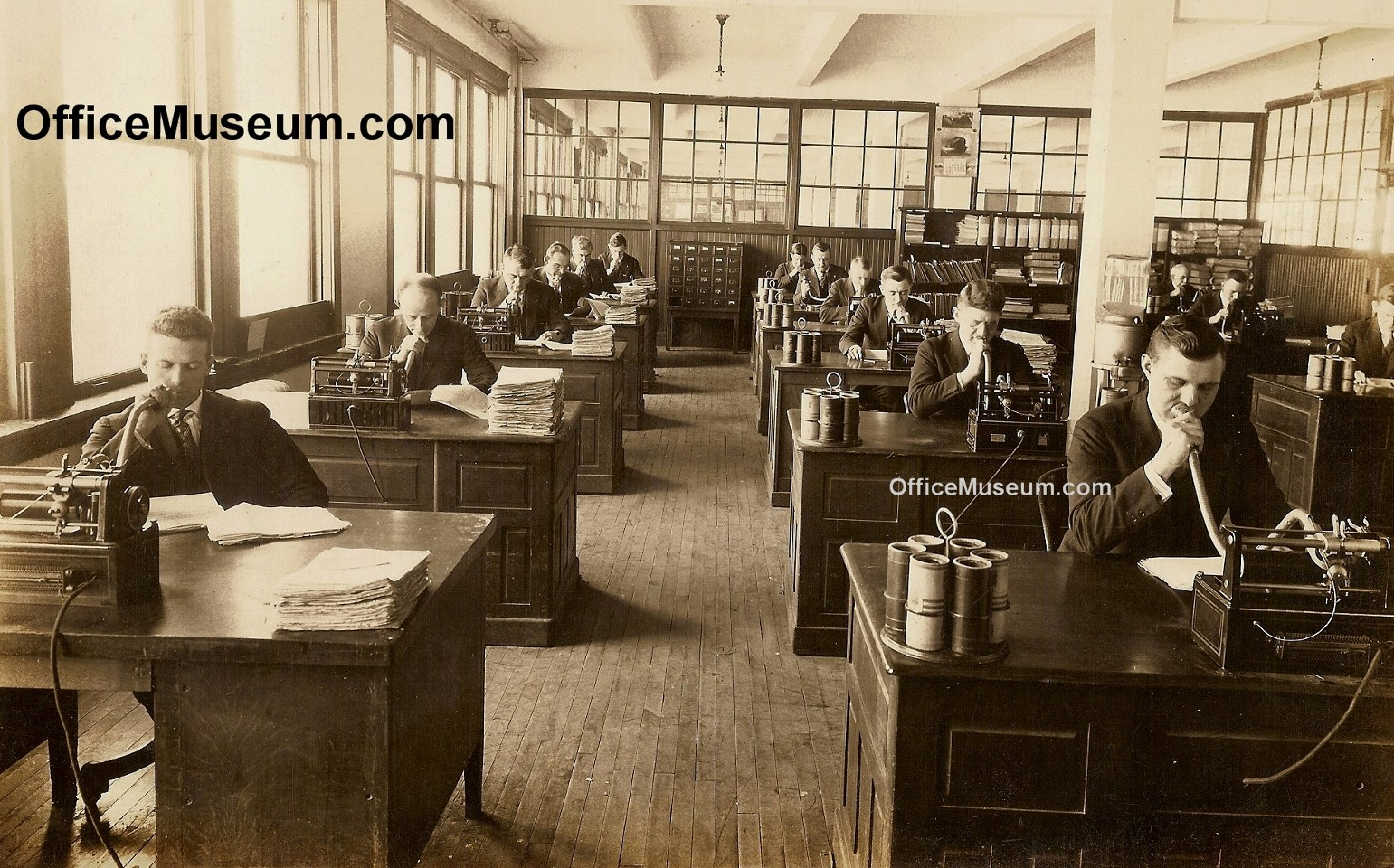 Office photos 1920s for Oficinas western union en barcelona