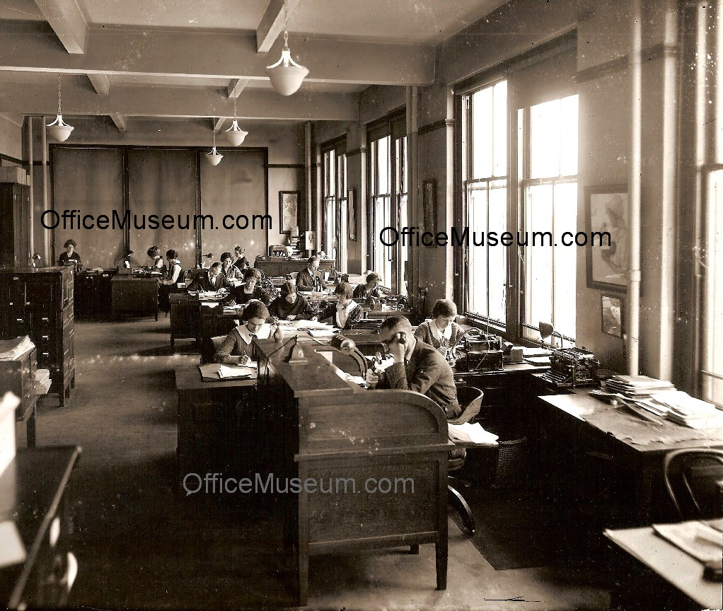 Metlife Life Insurance >> Office Photos ~ 1920s